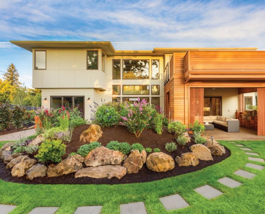 beautiful-landscape-yard=designed-by-landscape-architect1